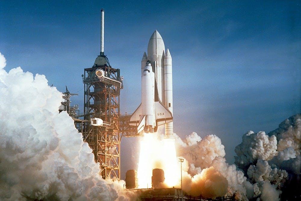 space-shuttle-columbia-launching