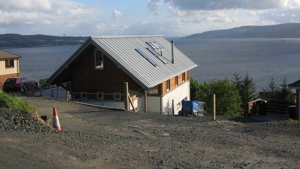 """This house, which was featured in one of the episodes of """"Grand Designs,"""" overlooks the Firth of Clyde — an inlet of the Atlantic Ocean."""