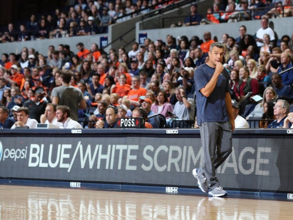 Coach Tony Bennett and the men's basketball team started their title defense with a successful scrimmage that gave fans an exclusive look at the new recruits.