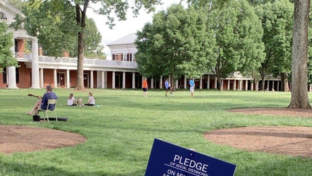 La Universidad pide que los estudiantes y las organizaciones se adhieran a la gobernanza estudantil para exigirles responsabilidad mutuamente para las directivas de la salud pública.