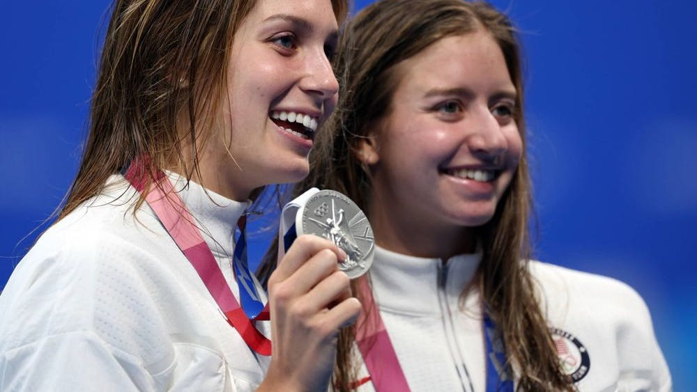 Rising sophomore Alex Walsh (left) and rising junior Kate Douglass (right) won the silver and bronze, respectively, in the 200-meter individual medley.