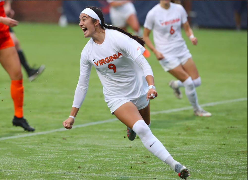 <p>Sophomore forward Diana Ordoñez gave Virginia an early 1-0 lead with a goal in the ninth minute.&nbsp;</p>