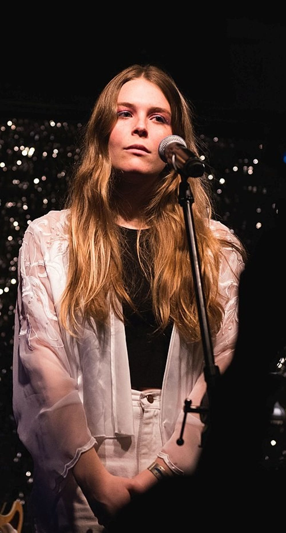 """<p>Singer-songwriter Maggie Rogers released her debut album """"Heard It in a Past Life.""""</p>"""