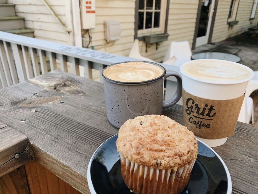 <p>Conveniently placed on the road between the well-known locations of Mincer's and Starbucks, Grit offers a wide array of great quality coffee, tea and baked goods. &nbsp;</p>