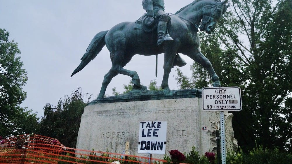 Multiple members of the community urged City Council to remove the Robert E. Lee and Stonewall Jackson statues immediately.