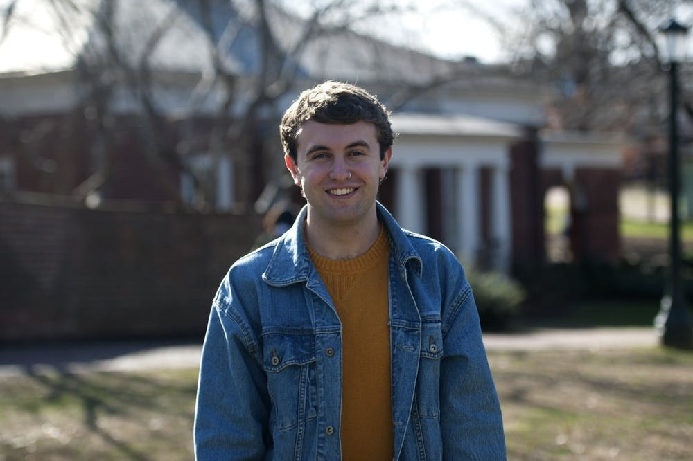 Aaron Doss是本报的生活专栏作家。