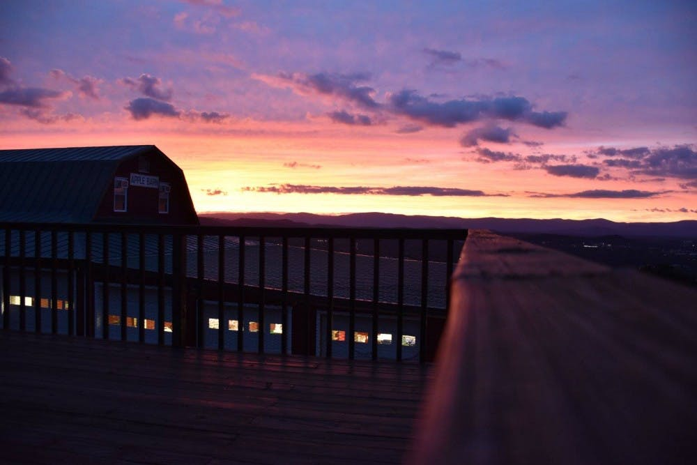 lf-Sunset-CourtesySaraHall