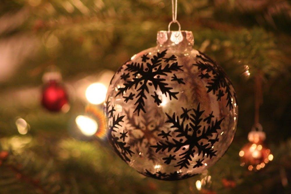 christmas-courtesywikimediacommons