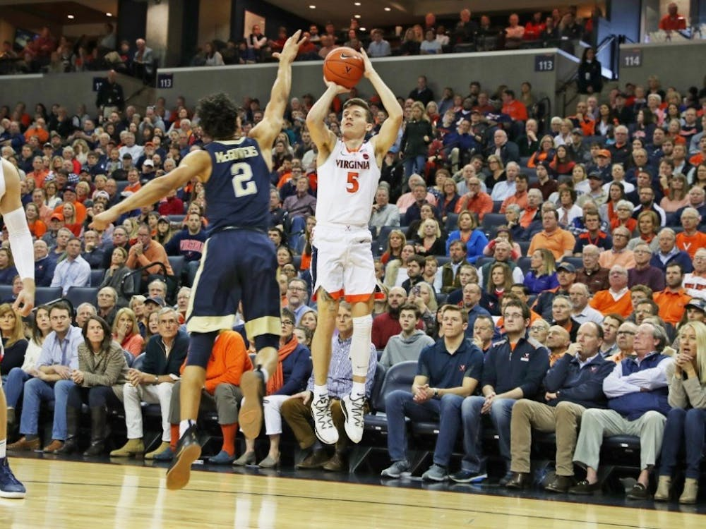 Kyle Guy shot 8-10 from three-point range against Syracuse, and had a team-high 7 rebounds.