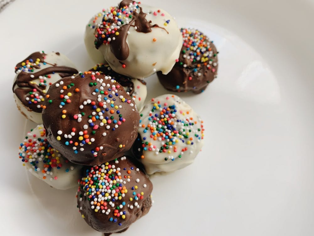 To make mine visually appealing, I melted some semi-sweet chocolate from the second box and incorporated different styles in the form of drizzling and coating.