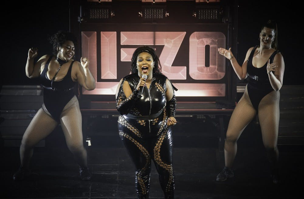 2560px-lizzo-palace-theatre-st-paul-42136895561