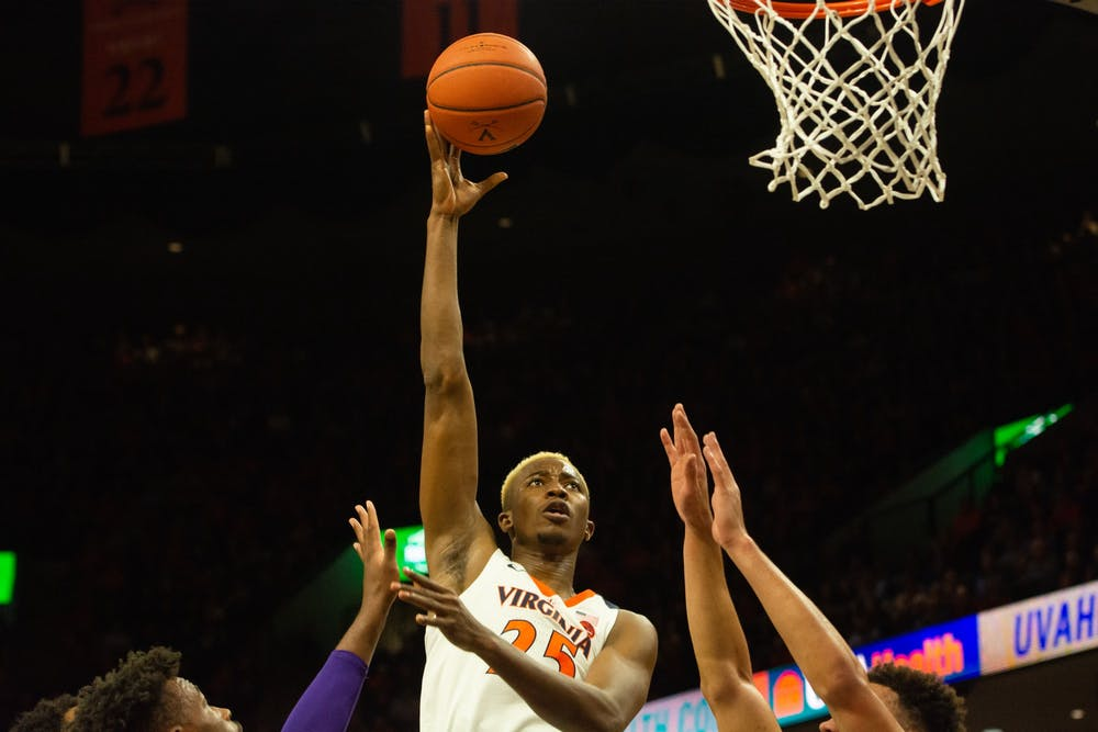 No. 11 Virginia men's basketball dominates James Madison 65-34 in home opener