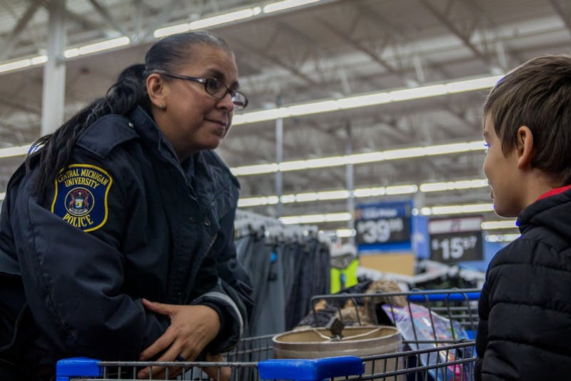 Shop With a Cop3268.jpg