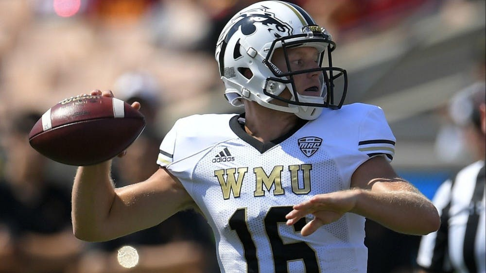 os-sp-college-football-rankings-western-michigan-0606
