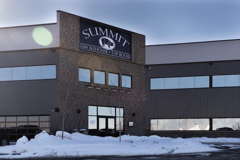 summit smokehouse-1.JPG