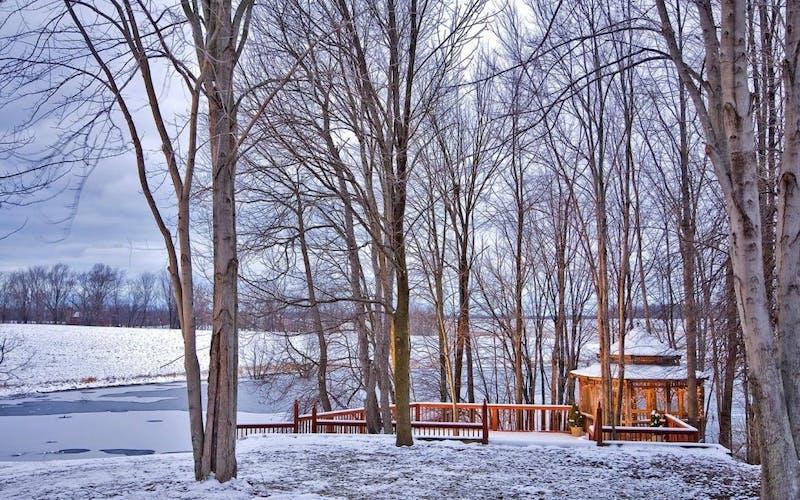 snowy-gazebo-and-trees-slide.jpg