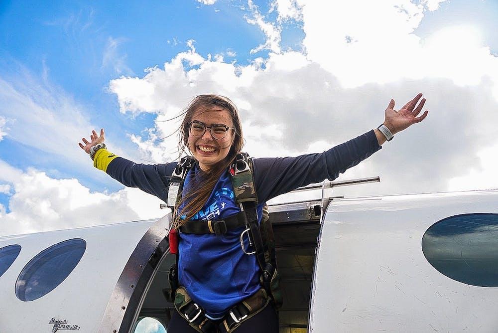 lauren-skydiving-1