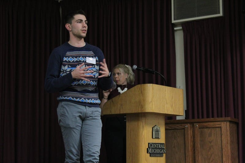brandon mcdonald introduces academic affairs committee sga meeting jan 13 2020.jpg