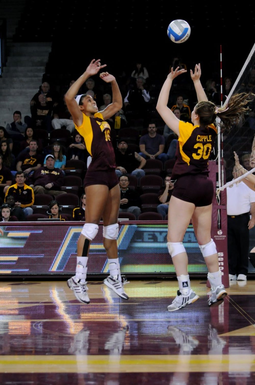volleyball_vs_western_mt28