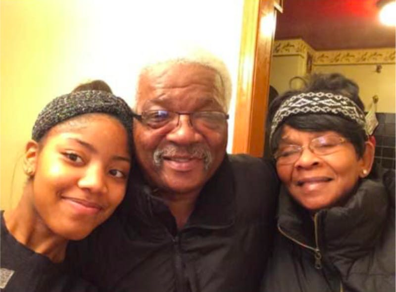 jasmine smith with parents.png