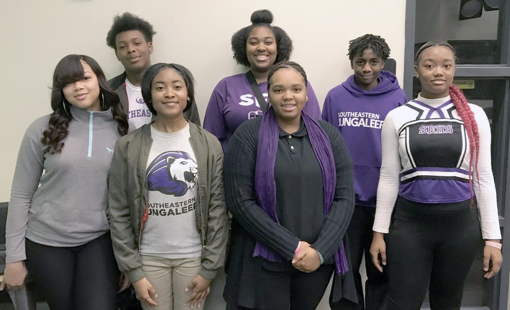<p>Honor roll students (rear) J'Von Williams-Bey, Renetta Jones, Jamarr Stanford; (front) Shamiah Woods, Dorrian Johnson, Amyre Conley. Photo by Treyvon Simpson.</p>