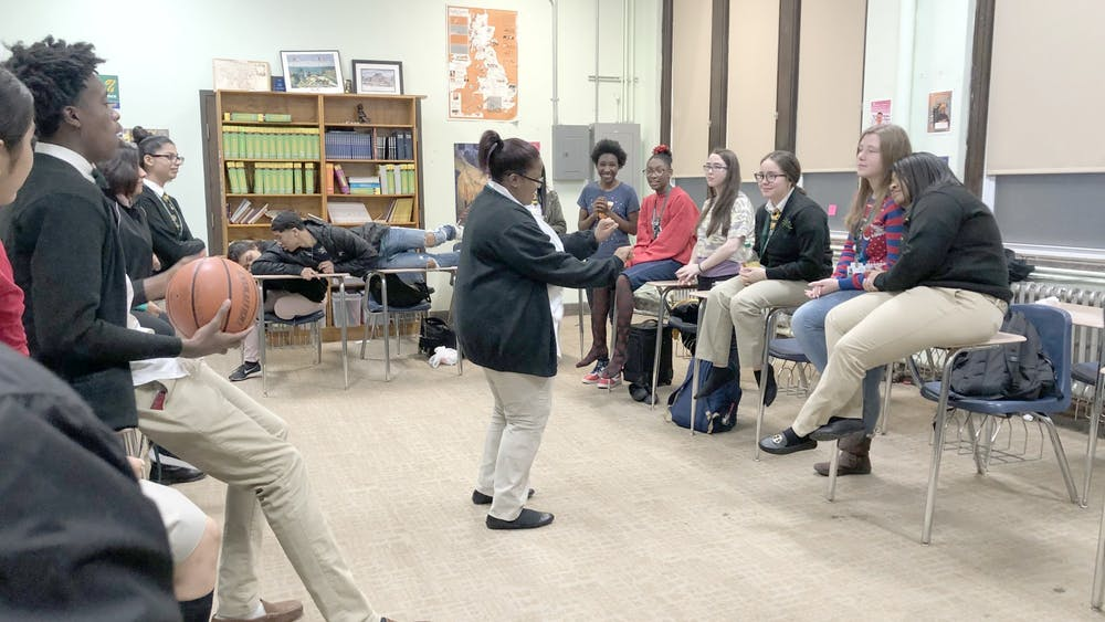 Senior Ivyanna Peoples acts out a scene. Photo courtesy of Emily Lara.