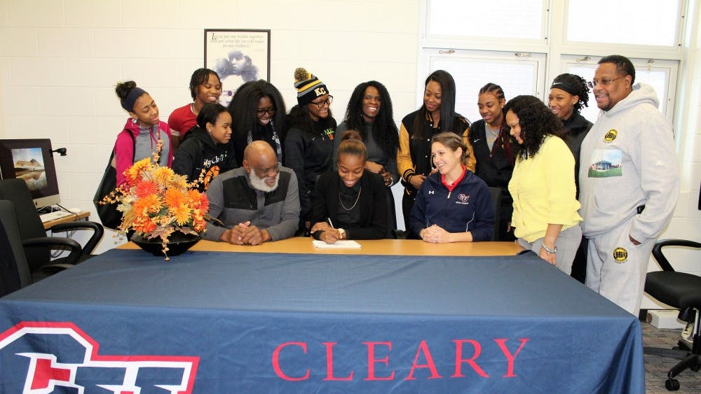 Track and field senior Marisa Hunnicutt-Mitchell signed with Cleary University.