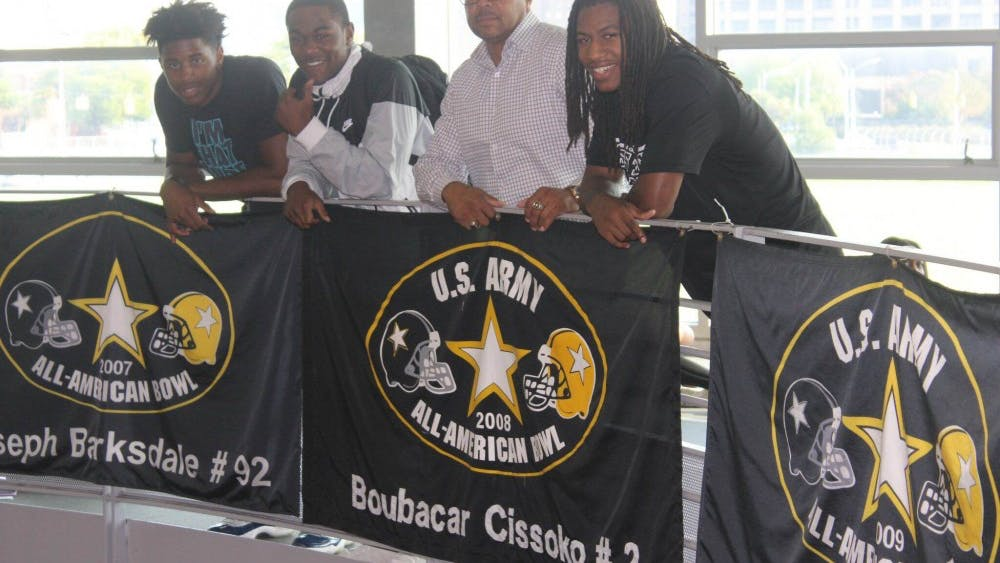 Donovan Peoples-Jones and Donovan Johnson were officially inducted into the U.S ArmyAll-American Bowl on Oct. 1 during halftimeat the Homecoming game. Jaylen Kelly-Powell was also inducted into the Under Armour All-America game on Sept. 8.Coach ThomasWilcher was proud to have led three more players into the games.