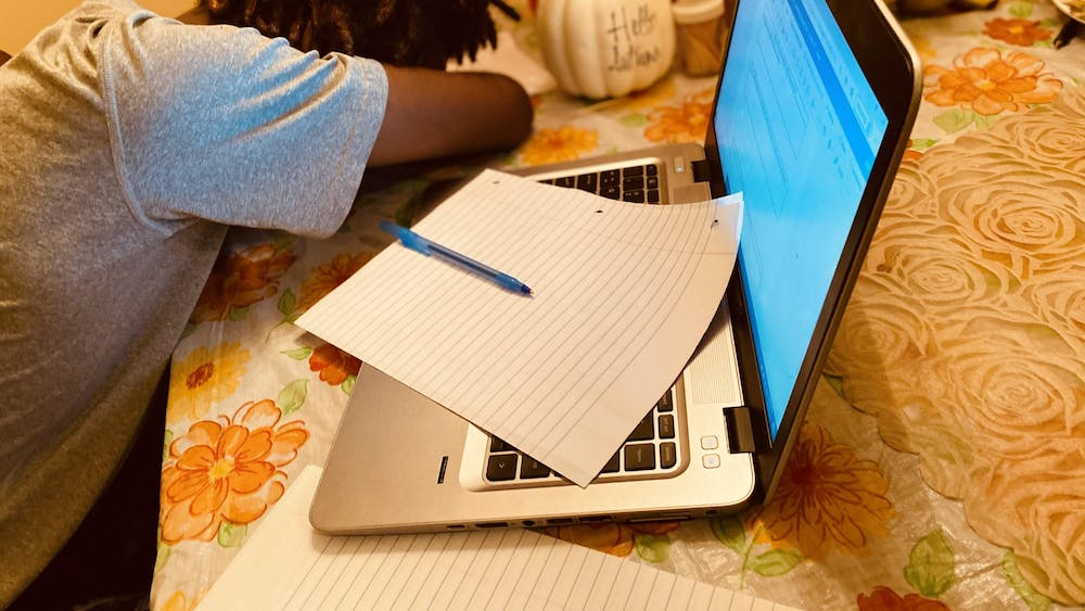 Students are having a difficult time staying awake during online learning. Photo illustration by Crusaders' Chronicle.