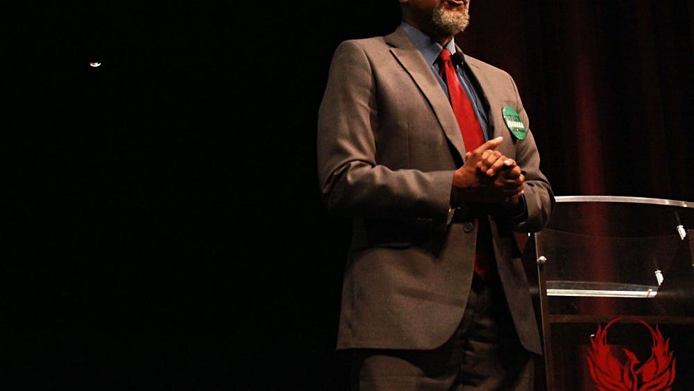 Ajamu Baraka, vice presidential candidate of the Green Party, spoke to Renaissance High Schoolstudents Oct. 18 in the school'sauditorium.