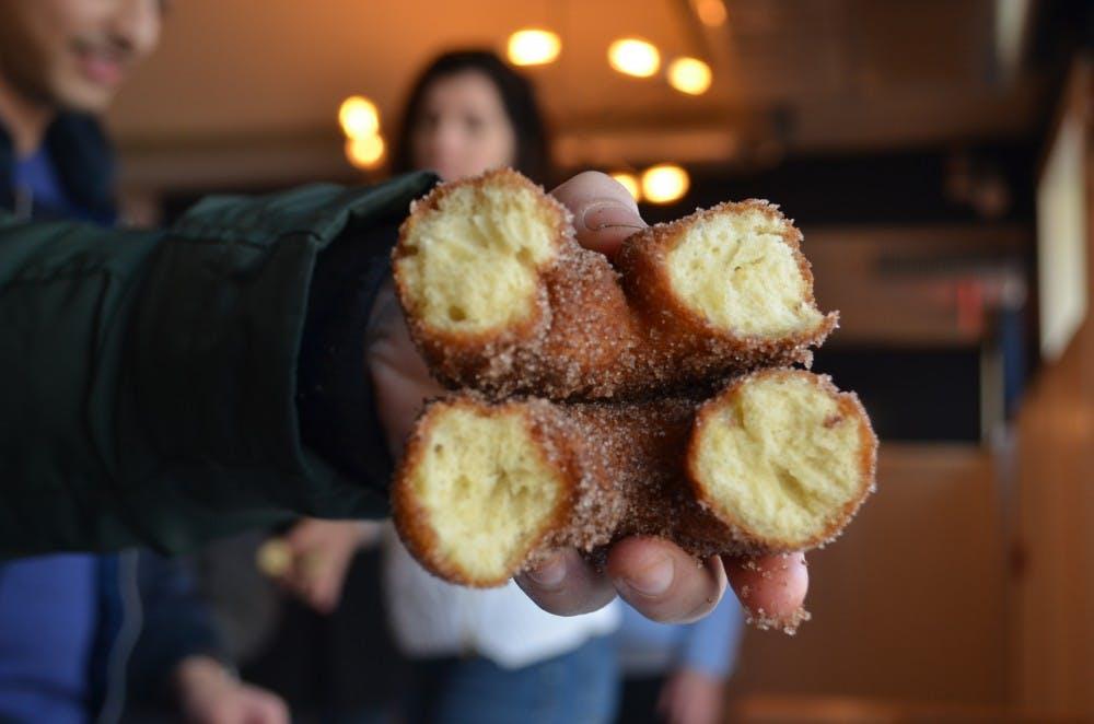DINING_Donut tour federal 1_sophiazhu.JPG