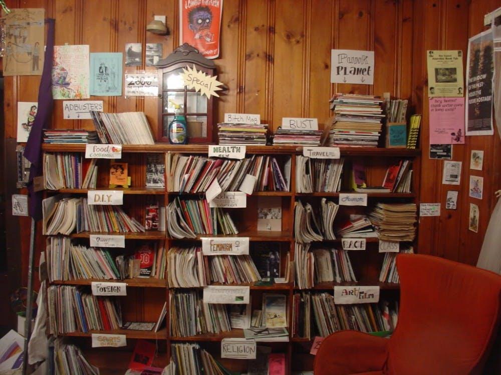 Papercut_Zine_Library_CambridgeMA_2006-02_1.jpg