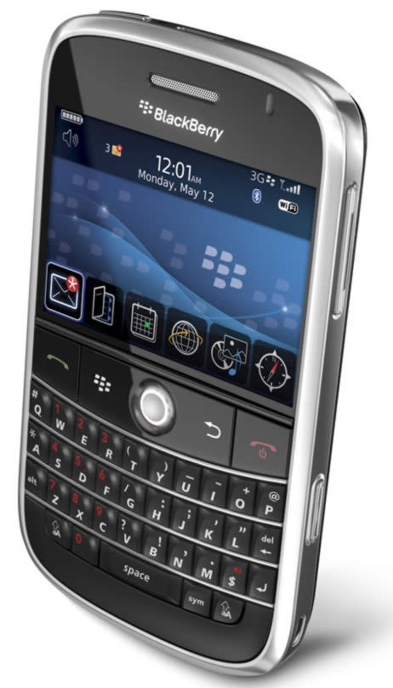 iPhone, Schmiphone...The BlackBerry Bold Is Here!