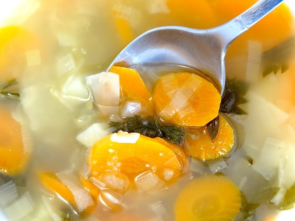 spoonvegetablesoupsoupboiledfoodeatcook445160