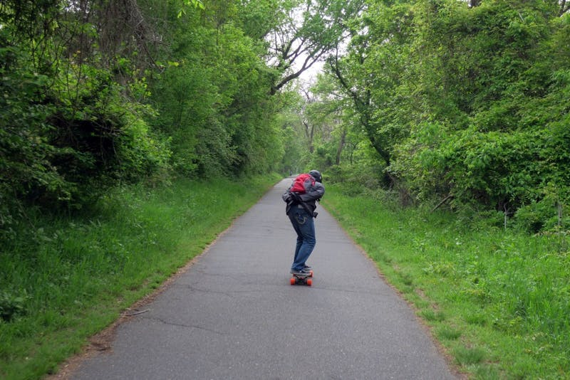 Study Finds That 89% of Students Who Ride Electric Longboards End Up Sad and Lonely