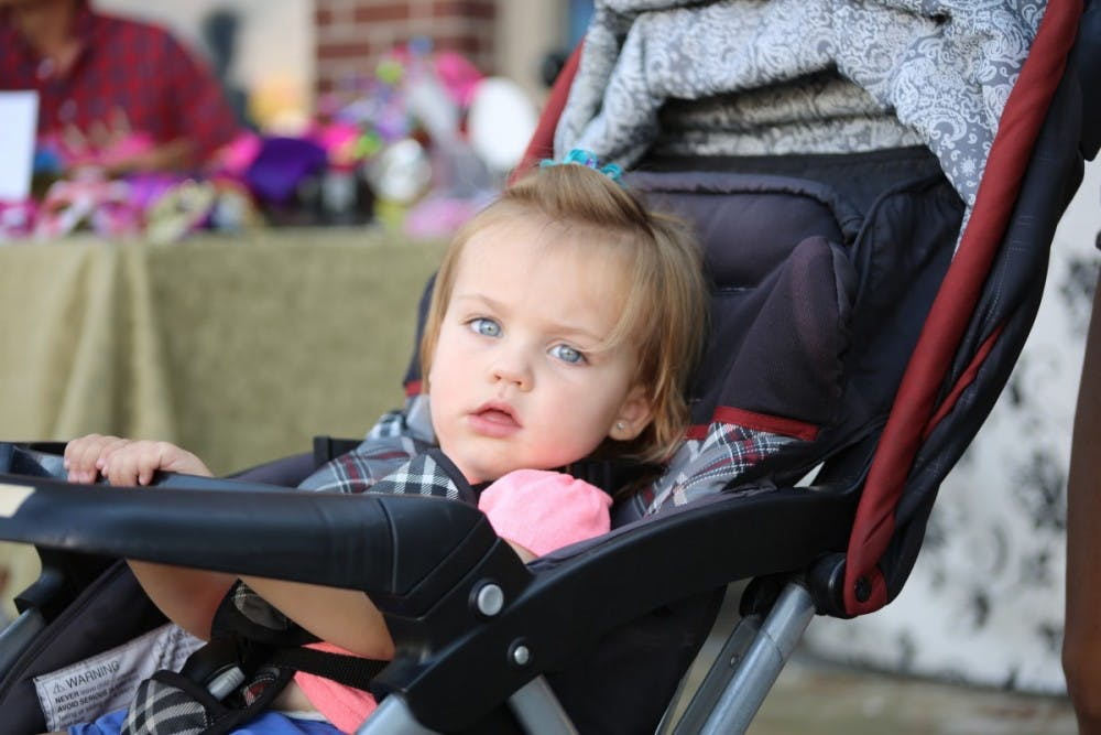 child_baby_toddler_stroller_kid_female_girl_cute1331395