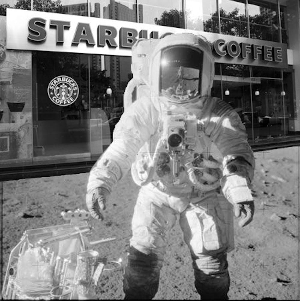 starbucks_moon