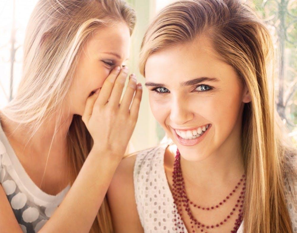 blaspheme_blonde_chatting_communication_friends_friendship_funny_girls-913828