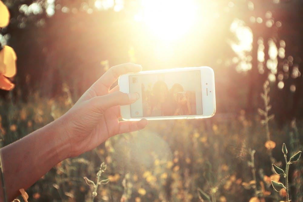 selfies-1149816_1920