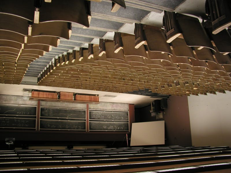 """Architecture Student Fatally Misunderstands """"Flipped Classroom"""""""