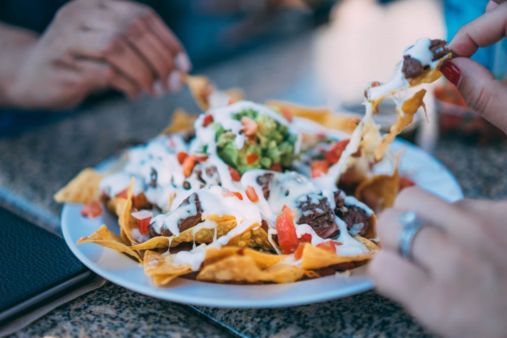 eating-nachos-unsplash