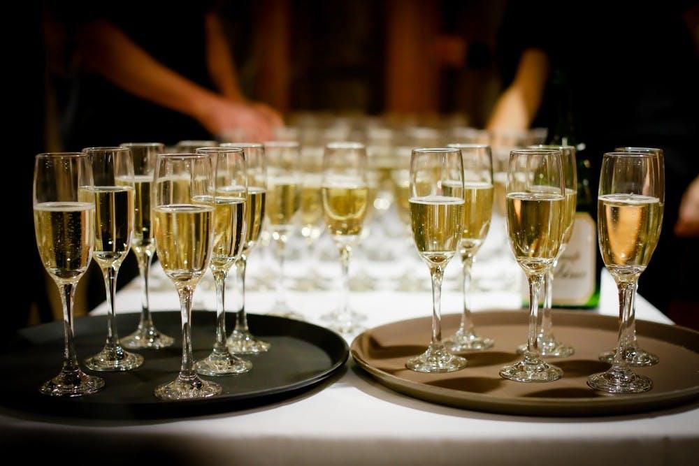 drinks1283608_1920