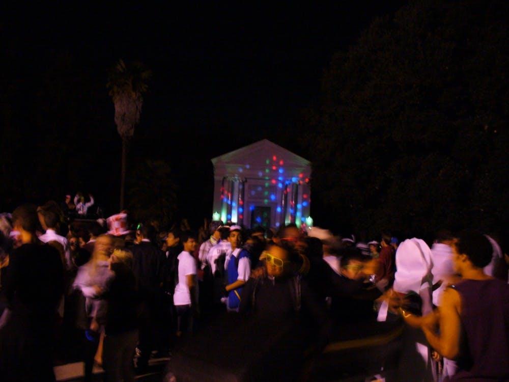 stanford_mausoleum_halloween_party_3
