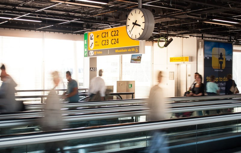 OP-ED: Here's Why I Need All 64 Outlets At This Airport Gate