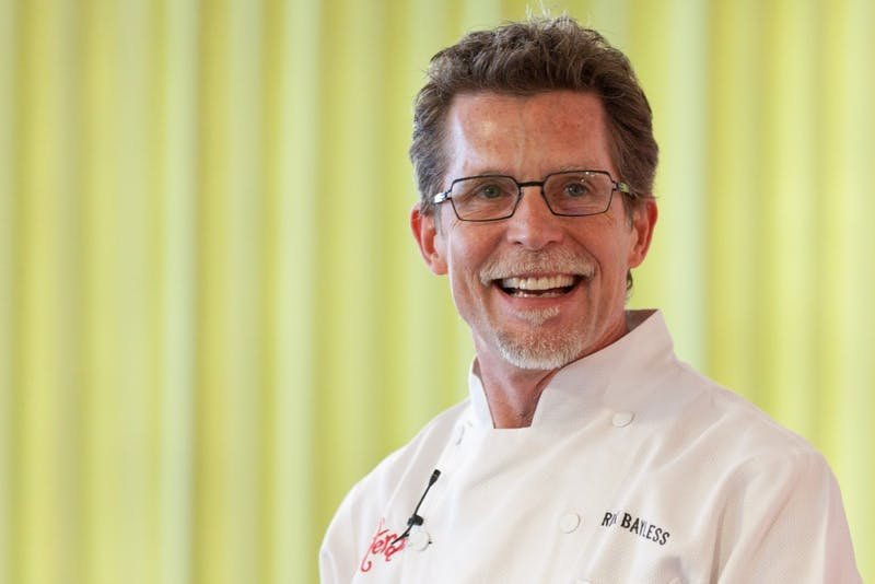 ​Chef Rick Bayless Is AirDropping Pictures of Guacamole to Strangers On Locust Walk