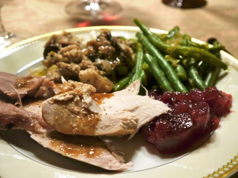 Crafty! Freshman Smuggles TupperwareTM Into Family's Thanksgiving Dinner
