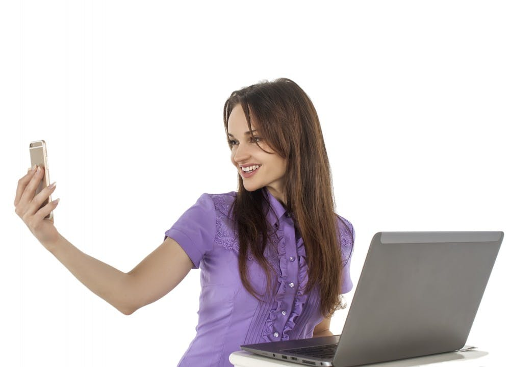 notebook-computer-writing-work-hand-person-people-girl-woman-finger-sitting-office-arm-smile-cellphone-beauty-joy-beautiful-human-positions-1058438