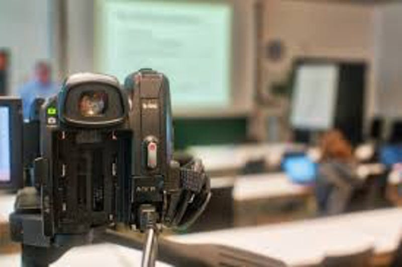 Student Shocked to Find Annoying Kid Making Loud Comments in Lecture Recording Is Himself