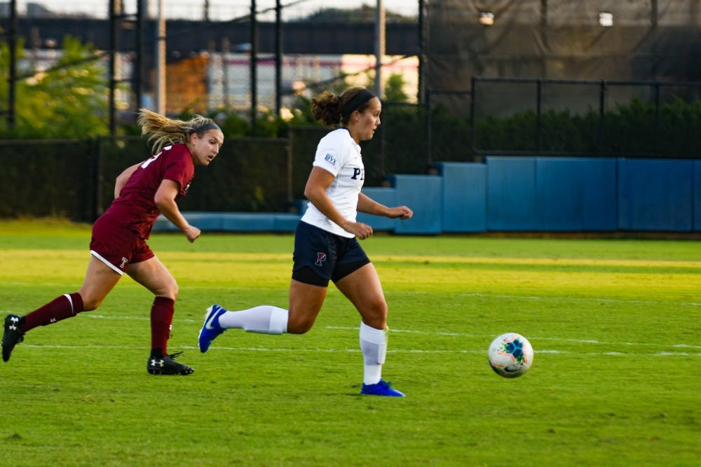 wsoccer-vs-temple-emily-sands