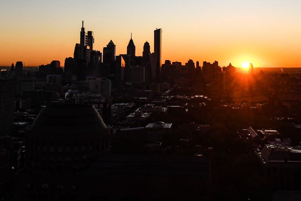 sunrise-philadelphia-skyline-sun